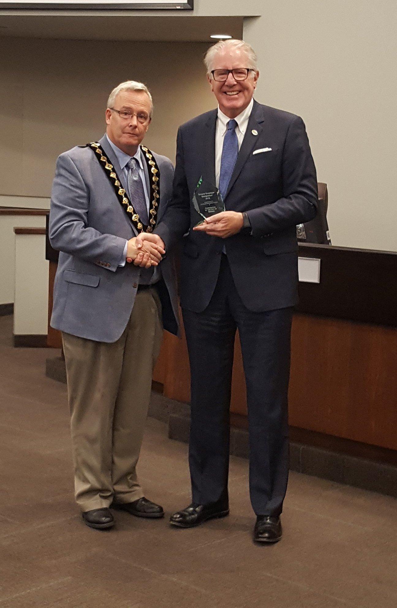 City of Oshawa receives 2016 Ontario Employer Designation