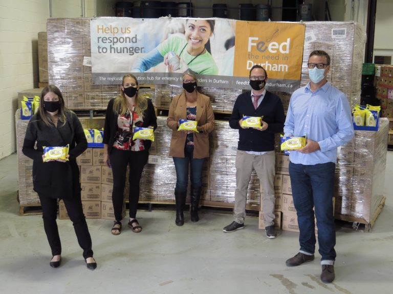 Read more about the article Durham Chambers of Commerce, Boards of Trades and Feed the Need in Durham Collaborate to Support Community Health Across Durham Region – one Lysol® Wipe at a Time